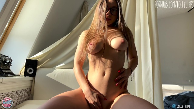 Hot Tanned Babe Big Tits